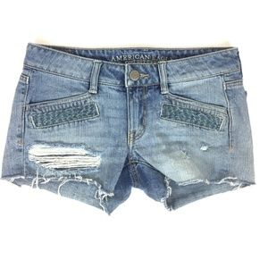 American Eagle Embroidered Shorts Size 4